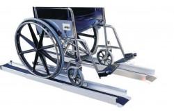 Rampe téléscopique pour fauteuils roulants