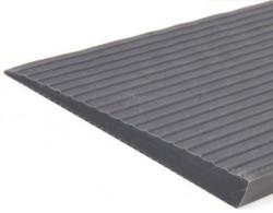 Rampe de seuil en caoutchouc - Longueur 900 mm