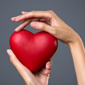 cardiaque coeur infarctus personnes âgées